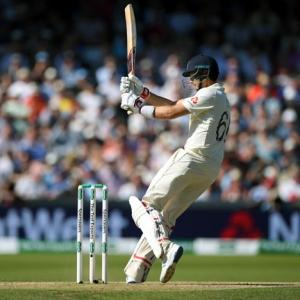 PHOTOS: England vs Australia, 3rd Test, Day 3
