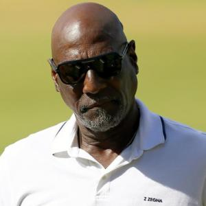 Viv Richards falls ill during pre-game show