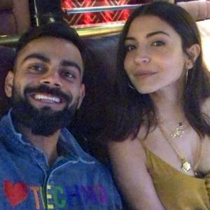 Kohli's special 'anniversary gift' for his wife!