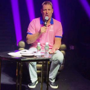 Warne back as Rajasthan Royals go Pink