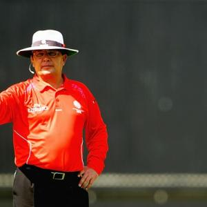 Umpire Gould retires, says time right to stop