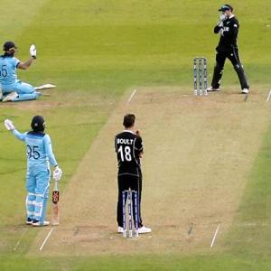 Umpiring error cost New Zealand World Cup?