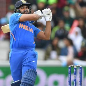 WATCH! Rohit's cheeky reply to a Pakistani journalist