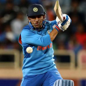 Dhoni rested for last 2 ODIs; Shami out with injury