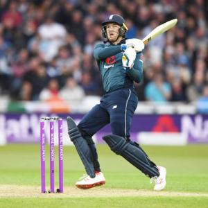 Roy's ton steers England to series win over Pakistan