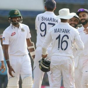 PHOTOS: India vs Bangladesh, 1st Test, Day 3