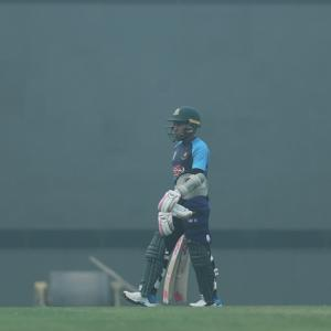 WATCH: Bangladesh players practice in smog-hit Delhi