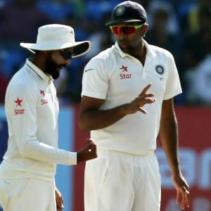 Should India play 3 spinners in first Test?