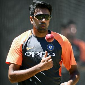 You can't keep Ashwin out of ODIs, T20s, says Saqlain