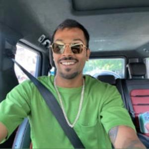 Hardik Pandya enjoying daddy duties