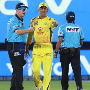 When Captain Cool's temper flared up on field