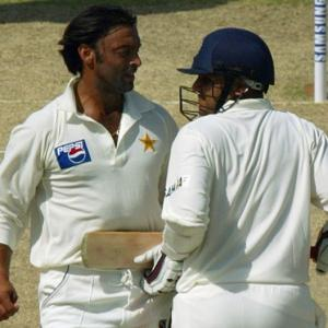 I've more money than you have hair: Akhtar to Sehwag