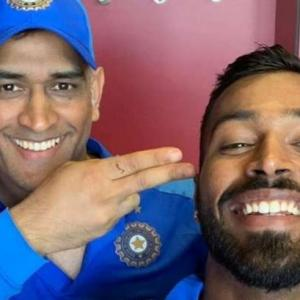 Hardik, Krunal fly to Ranchi to wish Dhoni