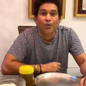 SEE: Why is Sachin sitting with an empty plate?