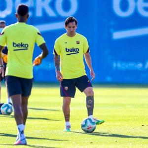 Fit-again Messi ready to play against Mallorca