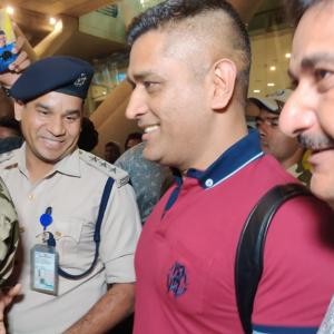 SEE: Dhoni receives a rousing welcome in Chennai