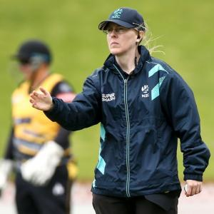Cotton first woman to umpire global cricket final