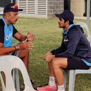 Nothing beats a good conversation, says Shastri