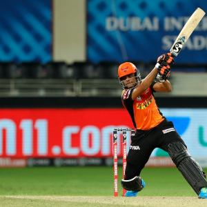 PHOTOS: SunRisers hand Super Kings third defeat