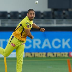 What ails CSK? Too many holes in the ship, says Dhoni