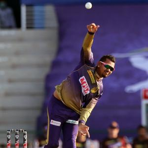 Narine cleared by IPL suspect bowling action committee