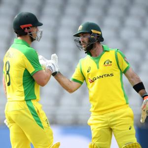 1st ODI PIX: Australia ease to victory over England