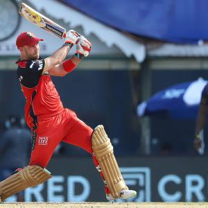 PICS: Royal Challengers too good for Knight Riders