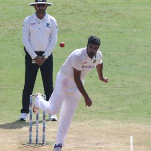 Ashwin feels the SG ball in action is 'bizarre'