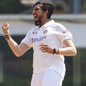 300 Test wickets for Ishant Sharma!