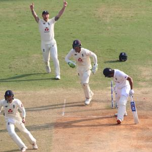 Cautious England set India daunting target in Chennai