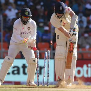 What went wrong for England in pink ball Test...