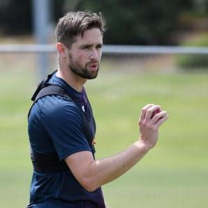 Woakes flies back to England without playing a match!