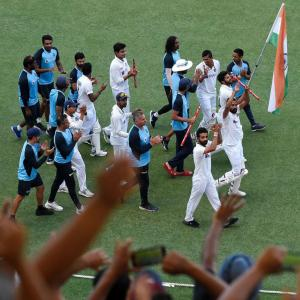 India heroes Down Under to get Rs 5 crore bonus!