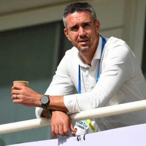 KP shares Dravid's email to help Sibley tackle spin
