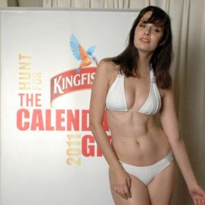 Bikini Babes Audition For Kingfisher Calendar 2011 Rediff Getahead