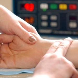 How to prevent and control high blood pressure