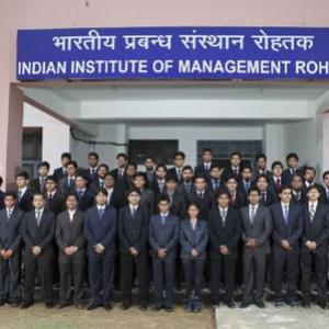 First batch of IIM-Rohtak bags highest salary of 28.5L