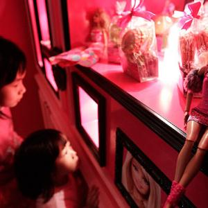 PHOTOS: World's first Barbie-themed restaurant
