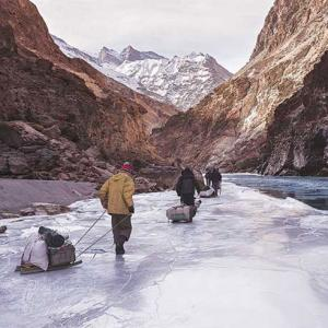Winter hiking and walking in the Himalayas