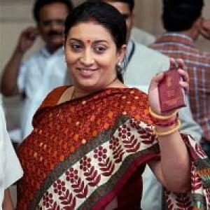 HRD minister visits Hindu College to sort out fee waiver issue