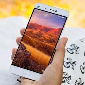 Oppo F1 Plus is not worth Rs 27k! - Rediff com Get Ahead