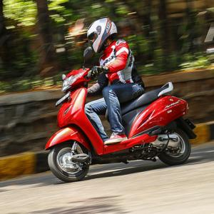 Scooter sales skid on note ban pain
