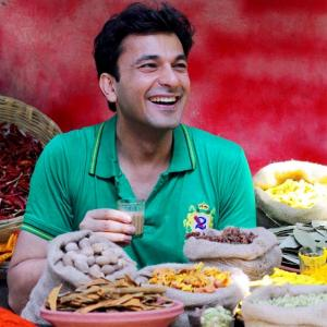 Why chef Vikas Khanna thanks the bullies