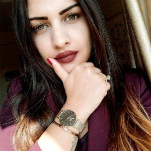 Meet Himanshi Khurana, Internet's newest love