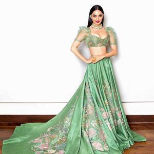 Kiara, Kareena will make you go green with envy