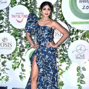 Gasp! Shilpa's daring slit has no competition