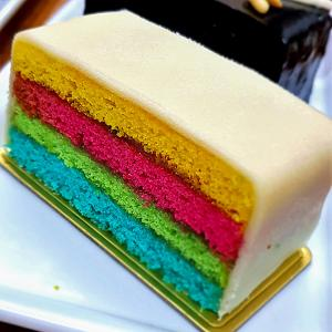 Holi recipe: How to make a colourful Battenberg cake