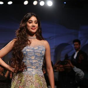 Janhvi charms in a lace dress as Vicky debuts at LFW