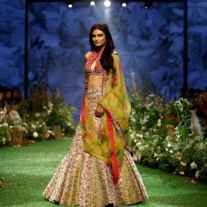 Ileana, Athiya bare abs in showstopping lehengas