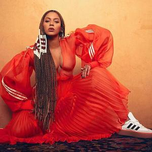 Stunning! Beyonce unveils new collection